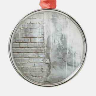 Grunge blanche d'égoutture de peinture de texture ornement rond argenté