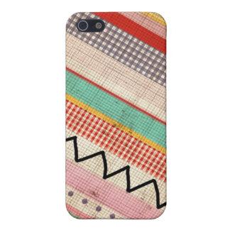 Grungy Aztec Zig Zag iPhone 5/5S Cover