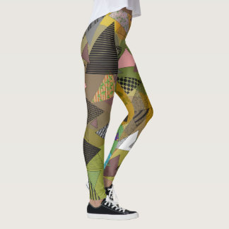 """Guêtres avec la conception """"de feuillage de leggings"""
