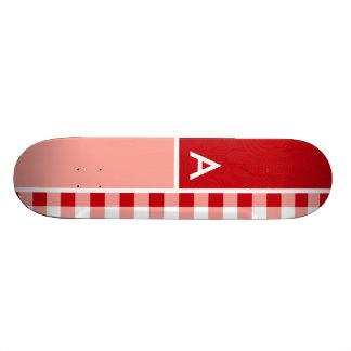 Guingan rouge skateboard