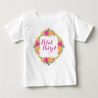 Guirlande florale de chemise de patrouille de t-shirt pour bébé