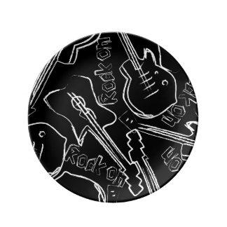 Guitare de roche assiettes en porcelaine