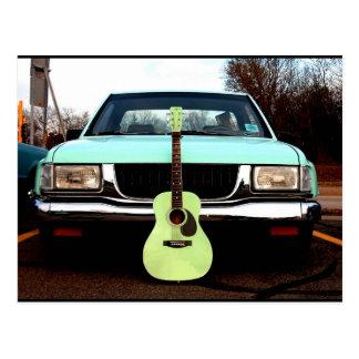Guitare et voiture vertes cartes postales