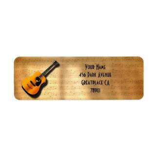 Guitare vintage acoustique avec le nom de coutume étiquette d'adresse retour