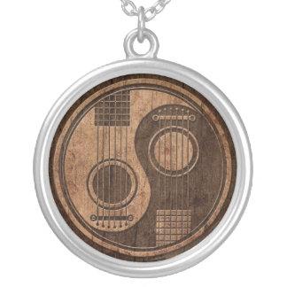 Guitares acoustiques Yin Yang avec l'effet en bois Pendentif Rond