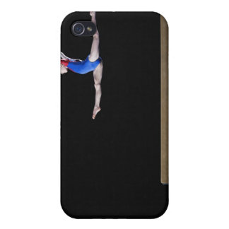 Gymnaste (9-10) sautant sur le faisceau d'équilibr coques iPhone 4