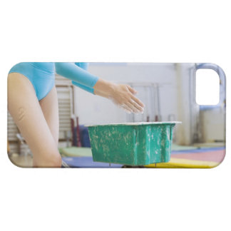 Gymnaste marquant ses mains coque iPhone 5 Case-Mate