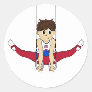 Gymnaste mignon sur l'autocollant d'anneaux sticker rond