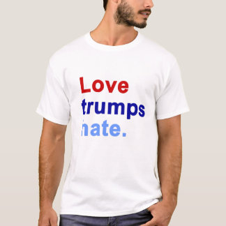 Haine d'atouts d'amour. - T-shirt