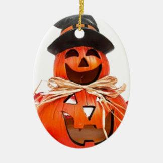Halloween, chute, citrouilles d'automne ornement ovale en céramique