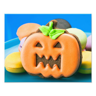 Halloween pumpkin and colorful des cookies photos sur toile
