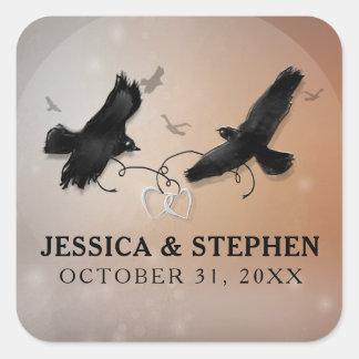Halloween Ravens avec des coeurs épousant le carré Sticker Carré