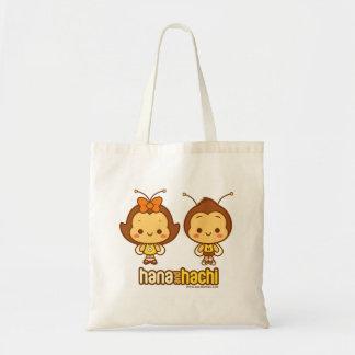 Hana et sac fourre-tout à Hachi