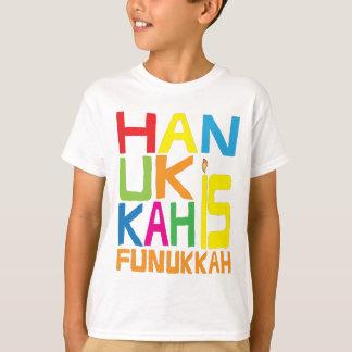"""""""Hanoukka est T-shirt d'enfants de Funukkah"""""""