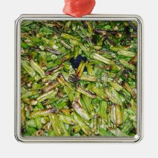Haricots verts… ornement carré argenté