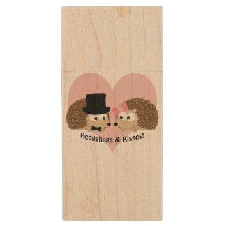 Hedgehugs et couples de hérisson de baisers clé USB 2.0 en bois
