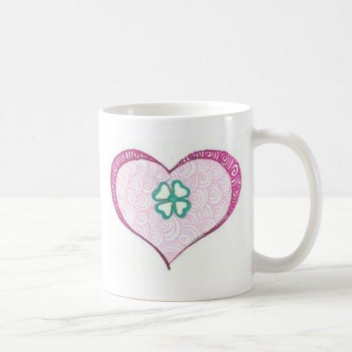 Henné irlandais de feuille de trèfle d'amour tasse à café