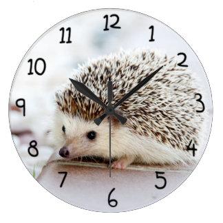 Hérisson mignon grande horloge ronde