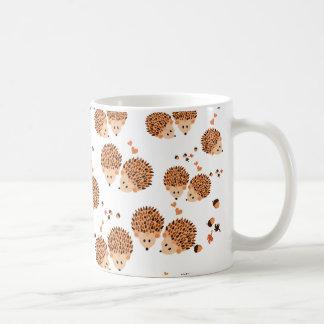 hérissons en automne mug