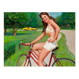 Heure pour un tour - rétro fille Pin- Carte Postale