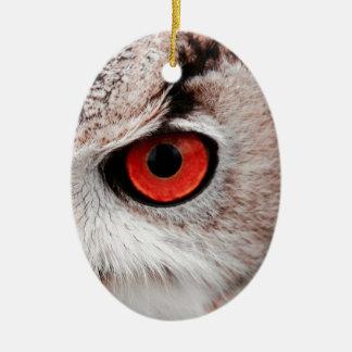Hibou aux yeux rouges ornement ovale en céramique