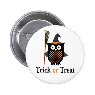 Hibou de Halloween de des bonbons ou un sort Badges