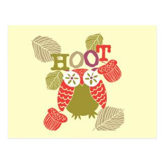Hibou de huée rouge carte postale