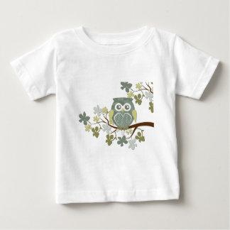 Hibou de point de polka dans l'arbre t-shirt pour bébé