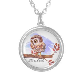 Hibou sur l'aquarelle de chêne collier