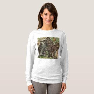 Hiboux dans T-shirt de douille de style de batik