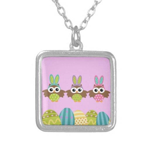 Hiboux heureux de lapin de Pâques Bijouterie Personnalisée