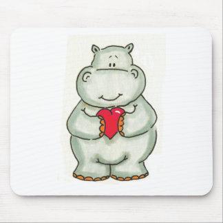 Hippopotame avec le coeur tapis de souris