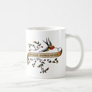 Hirondelle et rouleau avec la domination du monde mug