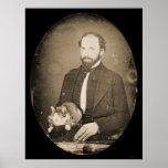 Homme avec le daguerréotype 1854 de chat posters
