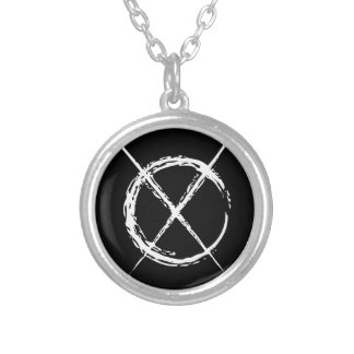 Homme mince pendentif rond