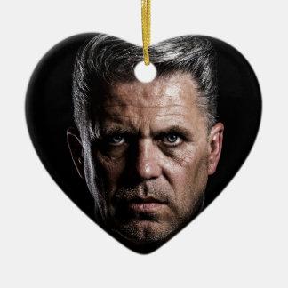 homme ornement cœur en céramique