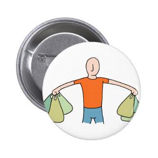 Homme portant les sacs d'épicerie en plastique badges