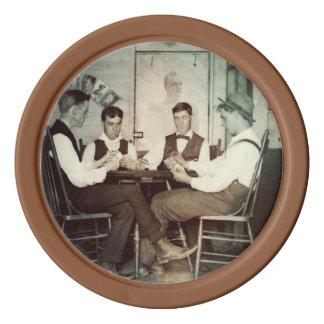Hommes 1890 de jeu de poker jouant la photo de jetons de poker