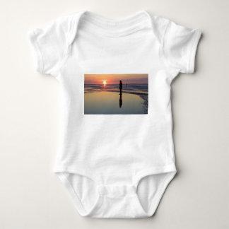 Hommes de fer au coucher du soleil, Crosby, T-shirt