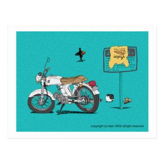 Honda sur la plage carte postale