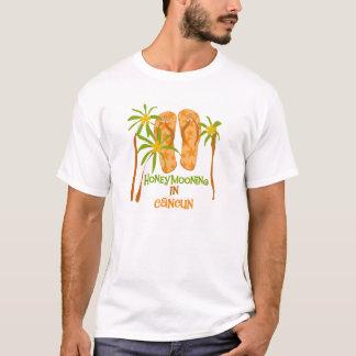 Honeymooning dans le T-shirt de Cancun