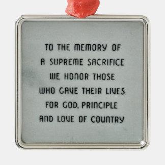 Honorez et rappelez-vous l'ornement militaire ornement carré argenté