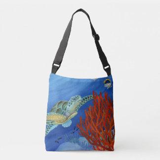 Honu (tortue de mer verte) et corail noir sac
