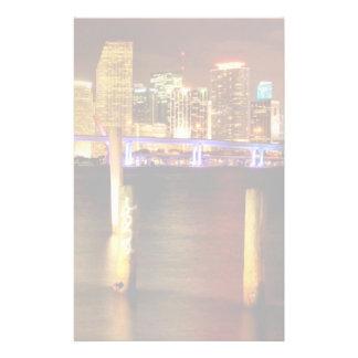 Horizon de Miami la nuit, la Floride Papier À Lettre