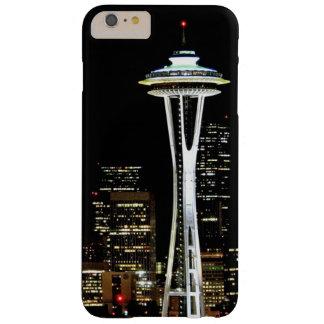 Horizon de Seattle la nuit, avec l'aiguille de Coque iPhone 6 Plus Barely There