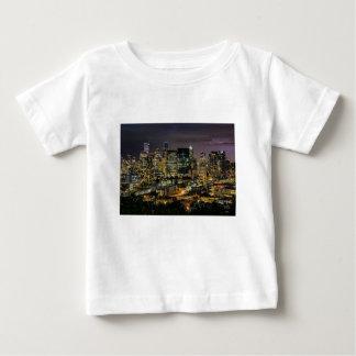 Horizon de Seattle la nuit T-shirt Pour Bébé