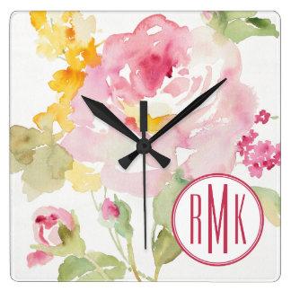 Horloge Carrée Ajoutez votre monogramme | mi-juillet
