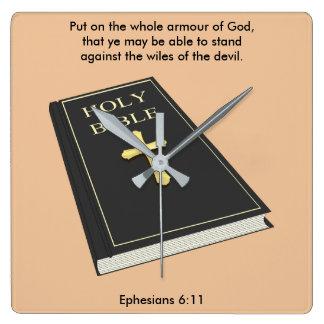Horloge Carrée Armure de l'horloge w/Bible de Dieu