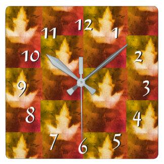 Horloge Carrée Artisan chaud Canada de feuille d'érable de