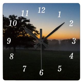 Horloge Carrée Aube d'Ozarks août